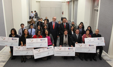 Entrega de IME-Becas en Washington