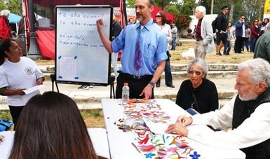 Desarrollo comunitario en consulados