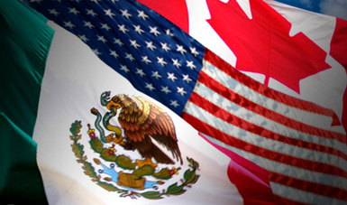 Banderas de México, Estados Unidos y Canadá