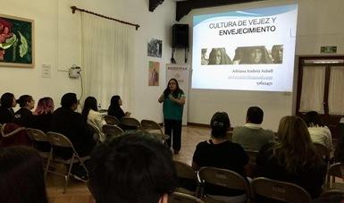 Programa de enseñanza del INAPAM.