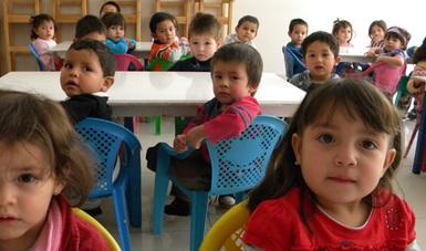 Niños y niñas beneficiarios en una estancia infantil