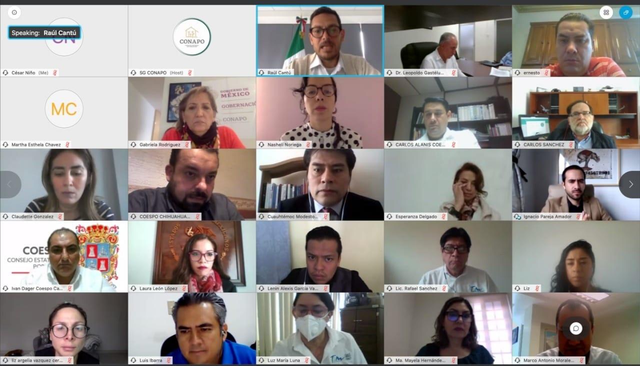 Personas asistentes a la Vigésimo Séptima reunión de la Comisión Consultiva de Enlace con las Entidades Federativas.