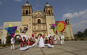 Boda en Santo Domingo, Oaxaca.