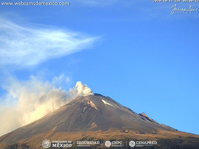 En las últimas 24 horas, mediante el sistema de monitoreo del volcán Popocatépetl se identificaron 237 exhalaciones y 17 minutos de tremor.