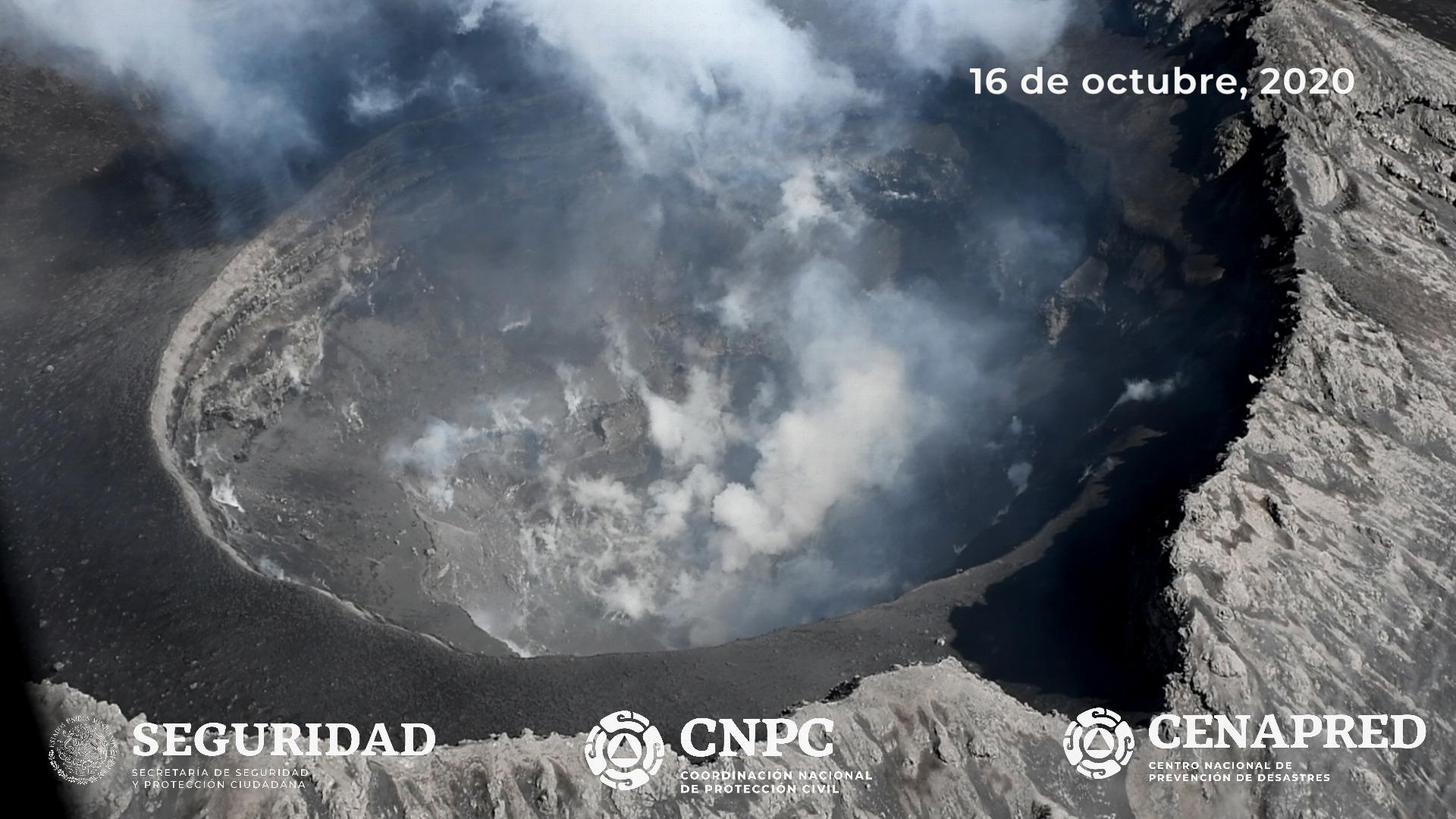 El día de hoy, 16 de octubre se realizó un sobrevuelo al volcán Popocatépetl para verificar sus condiciones generales.