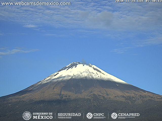 En las últimas 24 horas, mediante los sistemas de monitoreo del volcán Popocatépetl se identificaron 374 exhalaciones acompañadas de vapor de agua y gases volcánicos. También se contabilizaron 30 minutos de tremor de baja amplitud.
