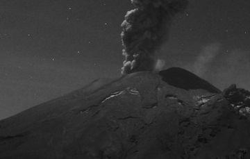 En las últimas 24 horas, mediante los sistemas de monitoreo del volcán Popocatépetl se identificaron 221 exhalaciones y 86 minutos de tremor.