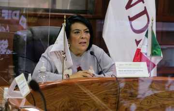 María del Rocío García Pérez, titular del SNDIF, subrayó que cuando el objetivo es garantizar los derechos de las personas, especialmente de quienes enfrentan situaciones de emergencia o desastre, nadie debe quedar fuera.