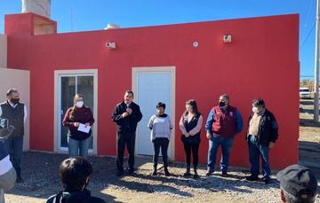 Entrega viviendas a familias afectadas en Lomas de Rubí en Tijuana