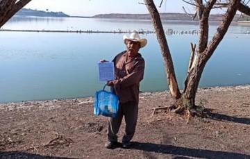 Pescadores de Querétaro para pesquería comercial en agua dulce reciben su permiso