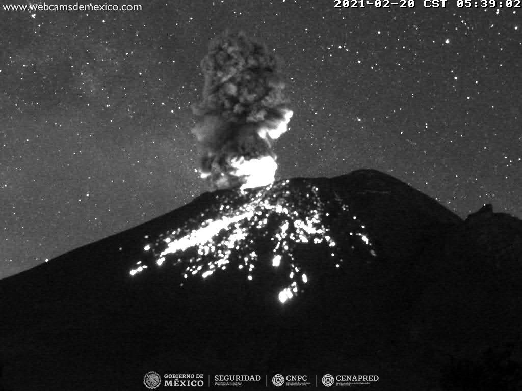 En las últimas 24 horas, mediante los sistemas de monitoreo del volcán Popocatépetl se identificaron 35 exhalaciones