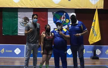 La jalisciense Ana Paula Olivares Gómez, primer lugar en los 49 kilogramos, categoría Sub-15. Cortesía
