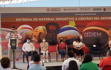 Se realizó la entrega de material deportivo en Tuxtla Gutiérrez, Chiapas. Cortesía
