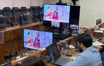 La titular del DIF Nacional, María del Rocío García Pérez, afirmó que la adopción es, ante todo, un acto de amor y se traduce en la restitución de uno de los derechos fundamentales de la niñez y la adolescencia, que es el de vivir en familia.