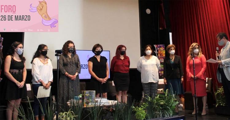 Además de la Dra. Izquierdo, otras mujeres exitosas expusieron experiencias personales y profesionales.