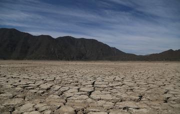 Imagen de un terreno desértico.
