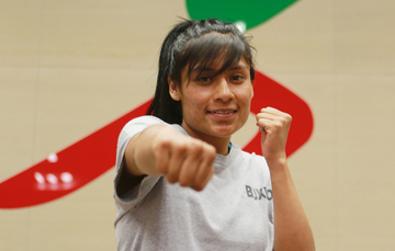 Esmeralda Falcón Reyes, boxeadora mexicana clasificada a Juegos Olímpicos, durante combate en Lima 2019. CONADE