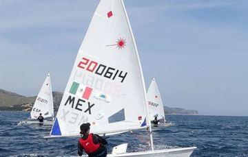 Elena Oetling, velerista mexicana durante preparación en Portugal. Cortesía