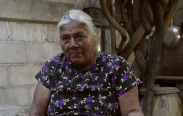 Imagen de Gloria Talín Ruiz, señora  adulta mayor, beneficiaria del programa
