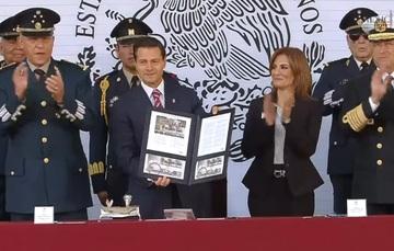 """Ceremonia Conmemorativa a los """"100 Años de la Industria Militar""""."""