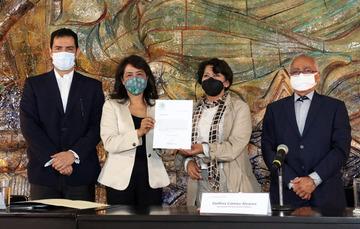 Boletín SEP no. 133 Designa Delfina Gómez Álvarez a Adela Piña Bernal como nueva titular de la Usicamm