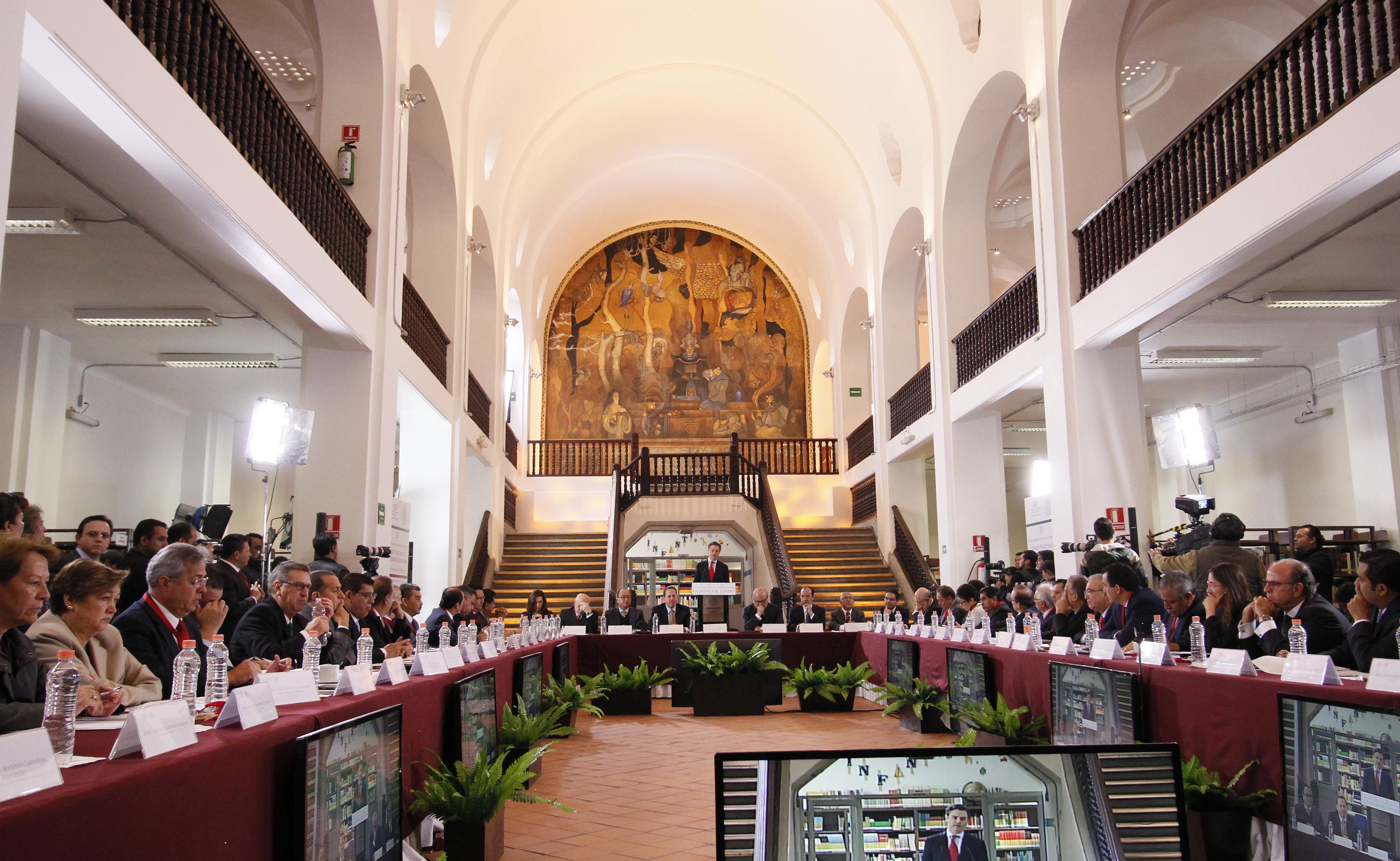 Comunicado Anuncia Nuo Mayer Plan Escuela Al Centro Siete