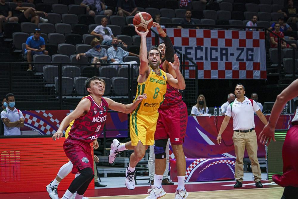 Aspecto del juego de la selección mexicana de basquetbol ante su similar de Brasil en el Repechaje Olímpico. Cortesía