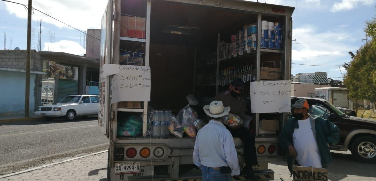 Ofrece Diconsa con tiendas móviles precios bajos a adultos mayores de Durango