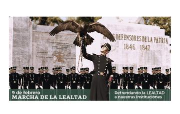 Cadetes del Sistema Educativo Militar en la Marcha de la Lealtad.