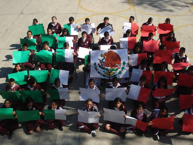 """""""La educación como constructora de una nación"""" Fotografía de Cesar Ricardo Palacios Solis 2o Concurso Nacional de Fotografía, """"Sentimientos de México - 2015"""
