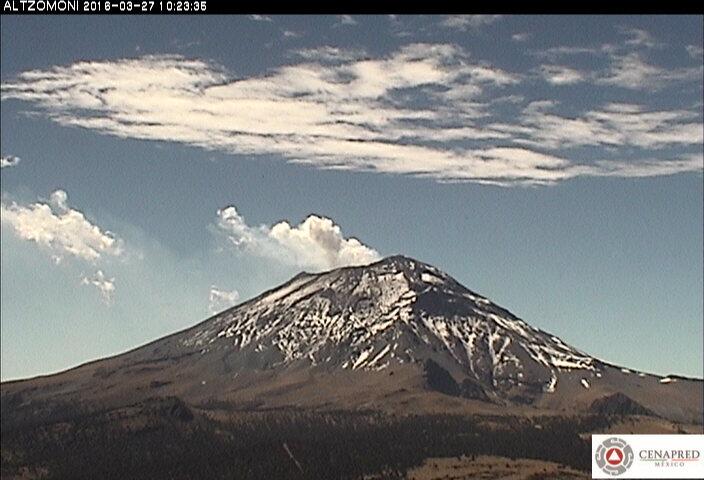 Imagen del Popocatépetl desde la estación Altzomoni.