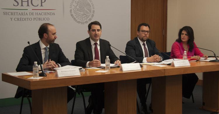 Conferencia de prensa sobre los informes de la situación económica, finanzas públicas y deuda pública al primer trimestre de 2016