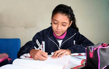 ¿Sabías que PROSPERA apoya a las y los becarios con sus útiles escolares?