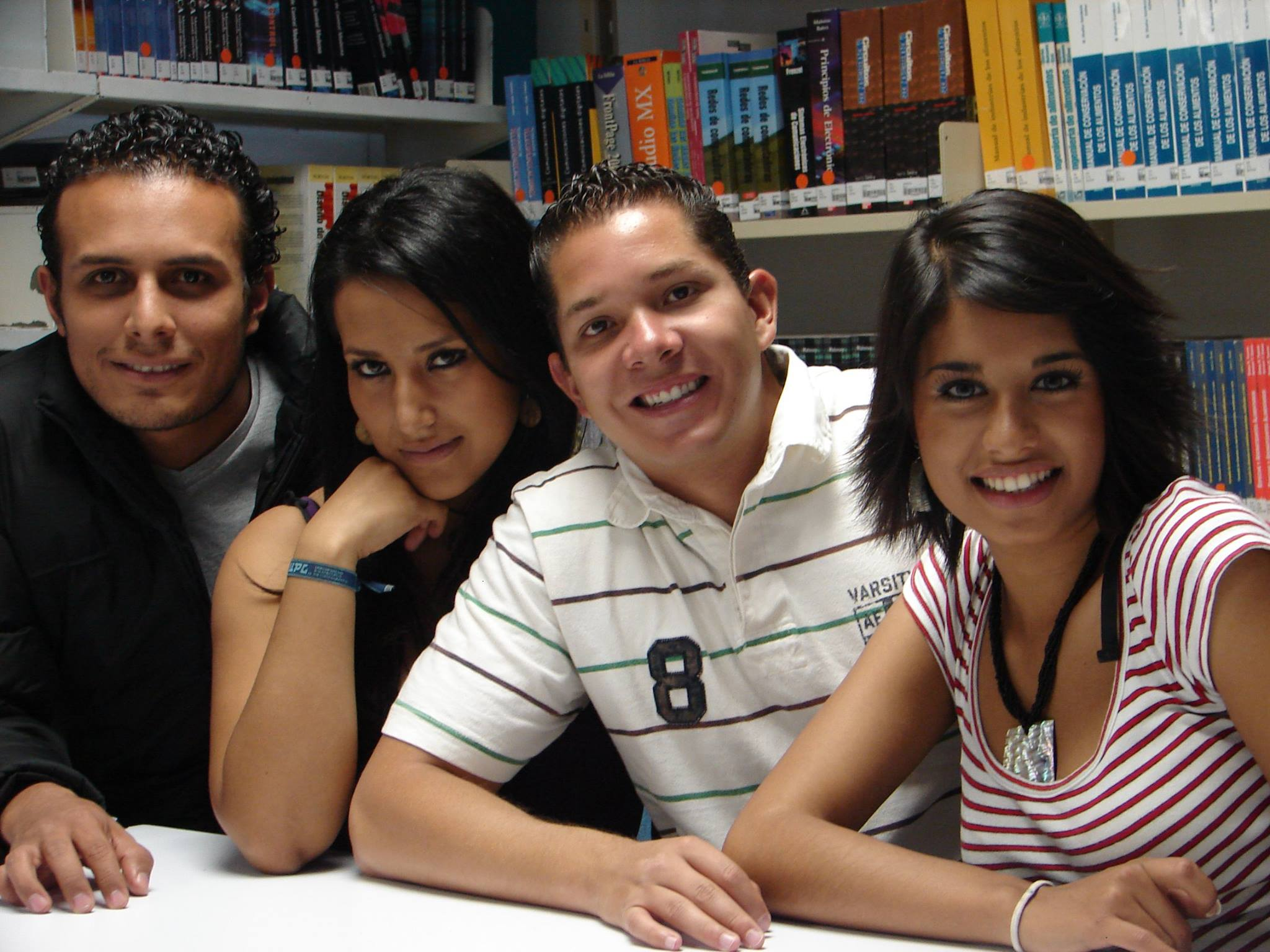 #Proyecta100Mil convoca a estudiantes de instituciones públicas de educación superior a solicitar una Beca de Capacitación para cursar estudios intensivos del idioma inglés como segunda lengua.