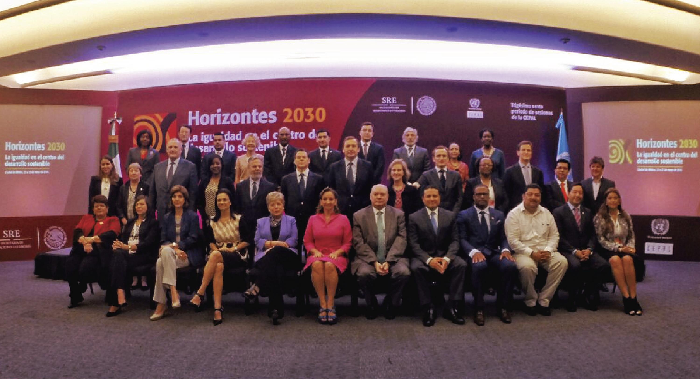Foto oficial de la clausura del XXXVI Periodo de Sesiones de la CEPAL