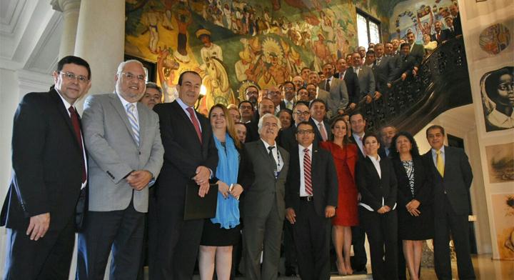 Mexico's 50 consuls in the United States with Foreign Secretary Claudia Ruiz Massieu