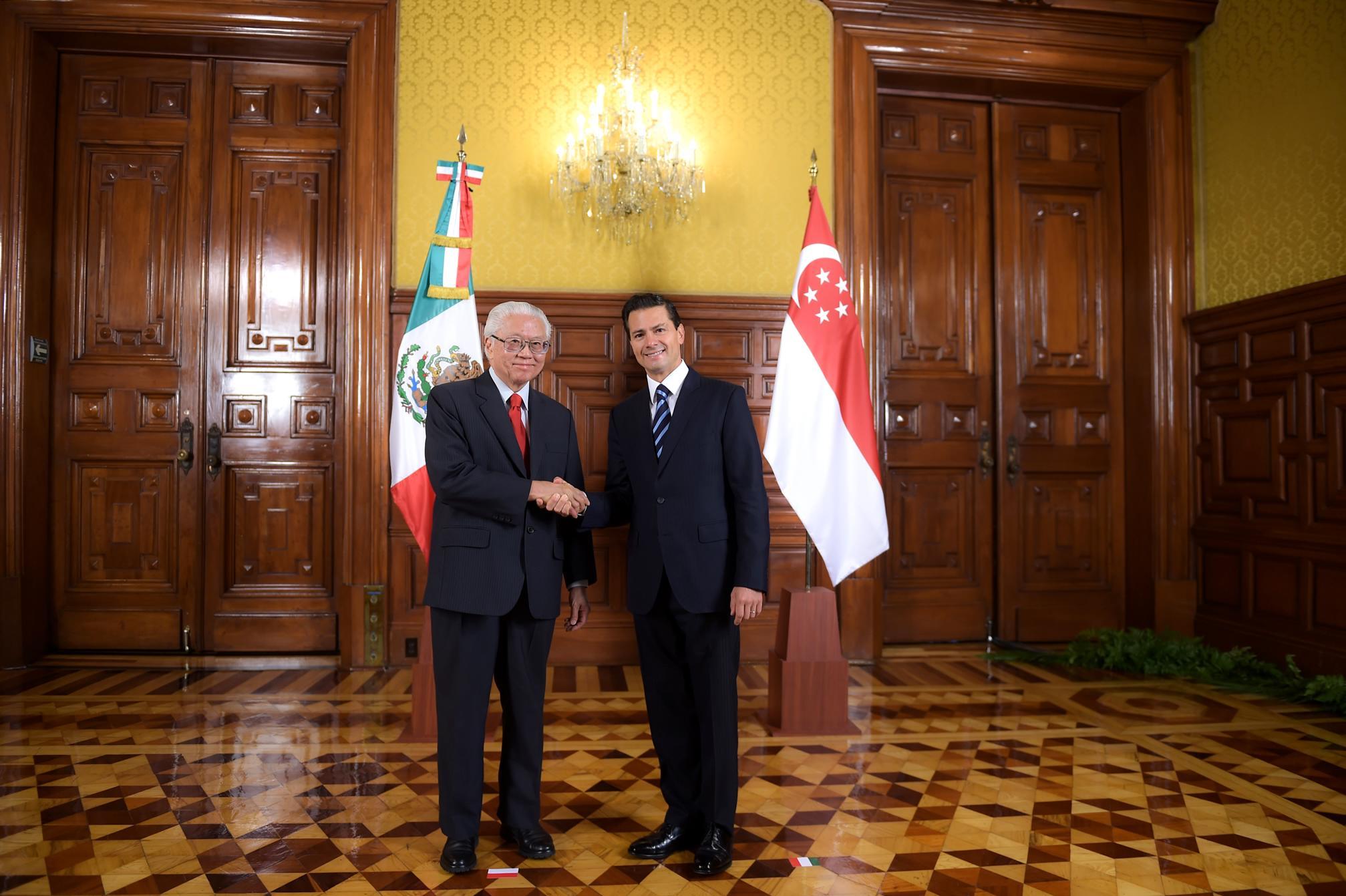El Primer Mandatario recibe en Palacio Nacional al Presidente de la República de Singapur, Tony Tan Keng Yam.