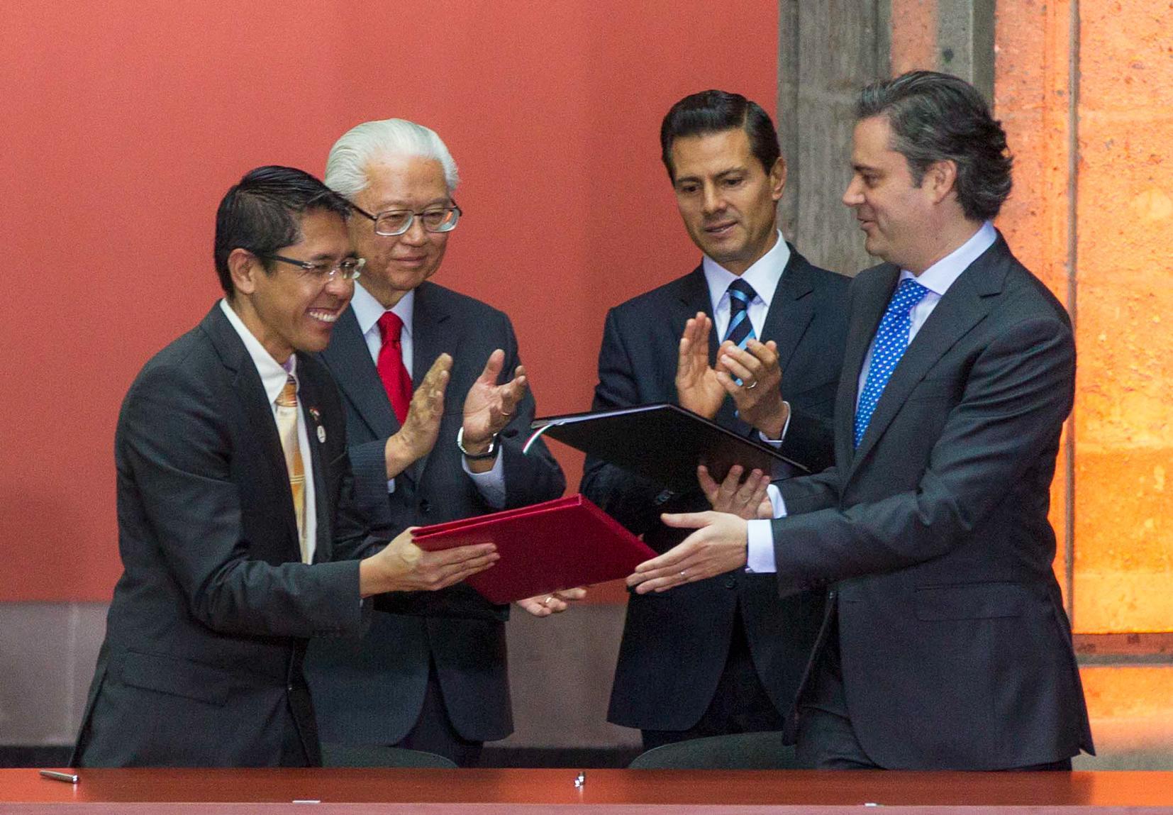 Se firmó un Memorándum de Entendimiento entre la Secretaría de Educación Pública y el Ministerio de Educación de la República de Singapur sobre Cooperación en el campo de la Educación.
