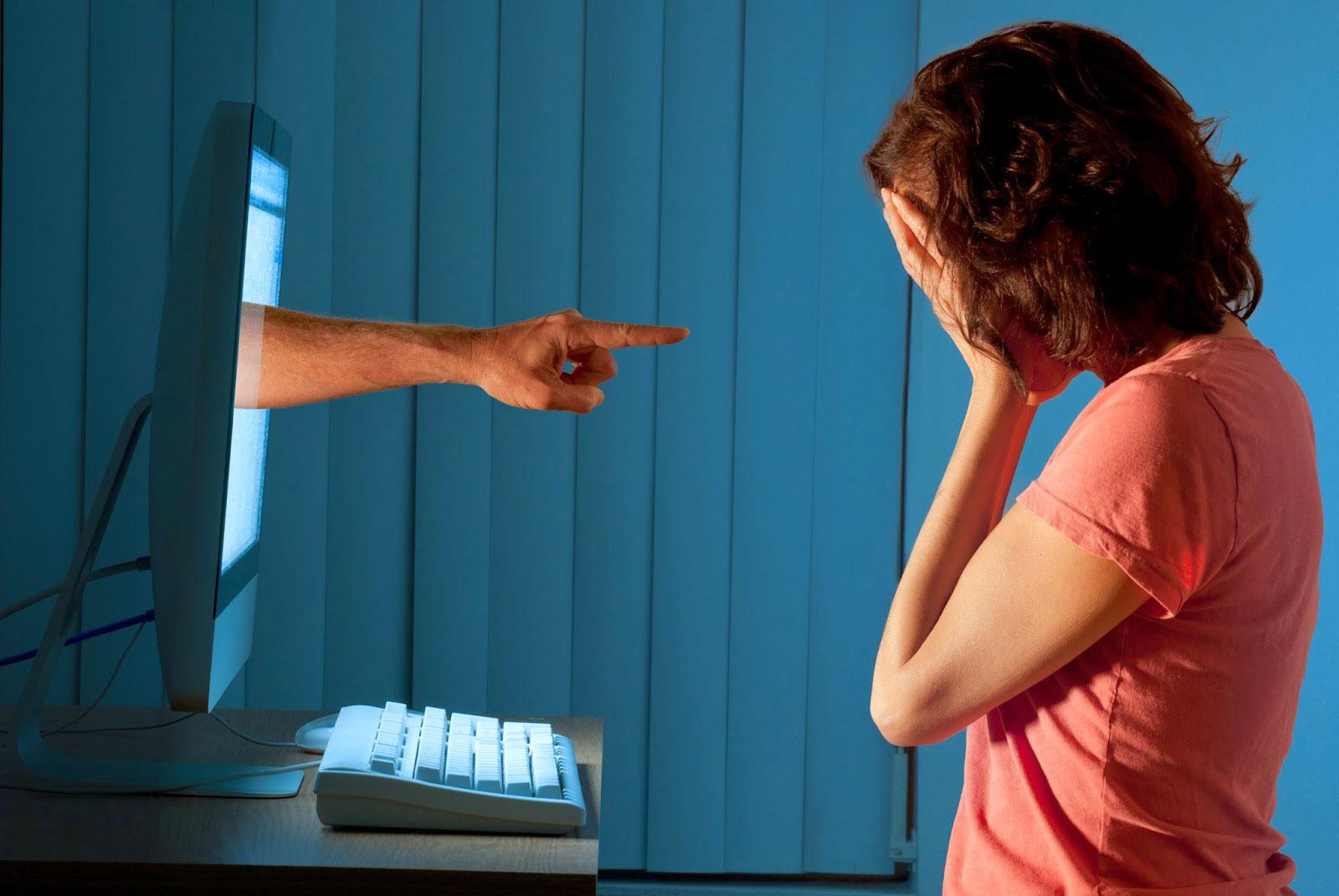 ¿Has sufrido acoso cibernético? ¡Identifica sus modalidades y protégete!
