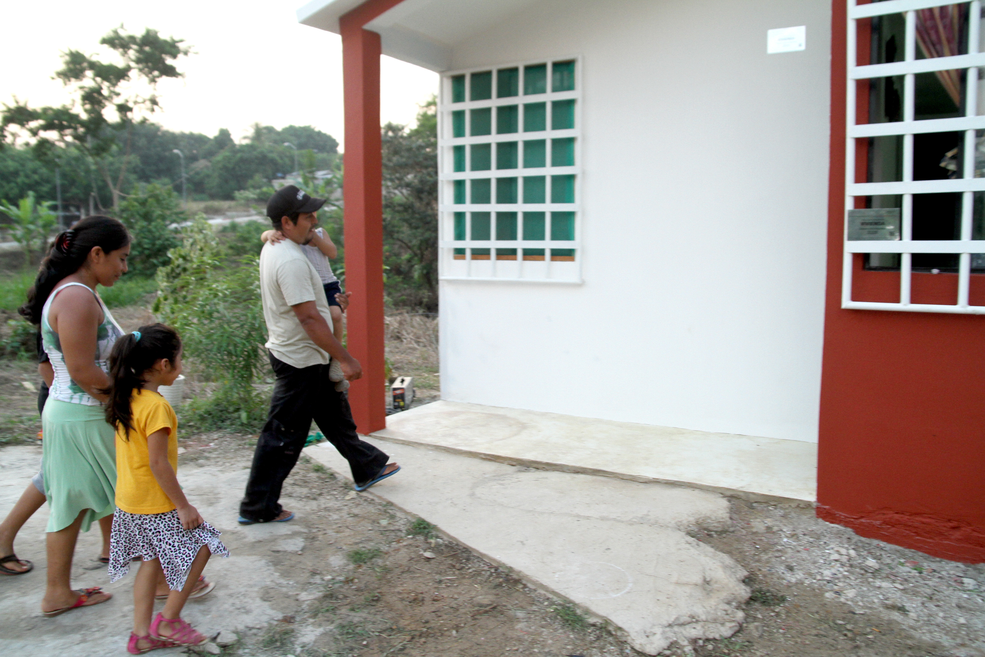 Programa de vivienda para migrantes construye en tu for Programa para construccion de casas