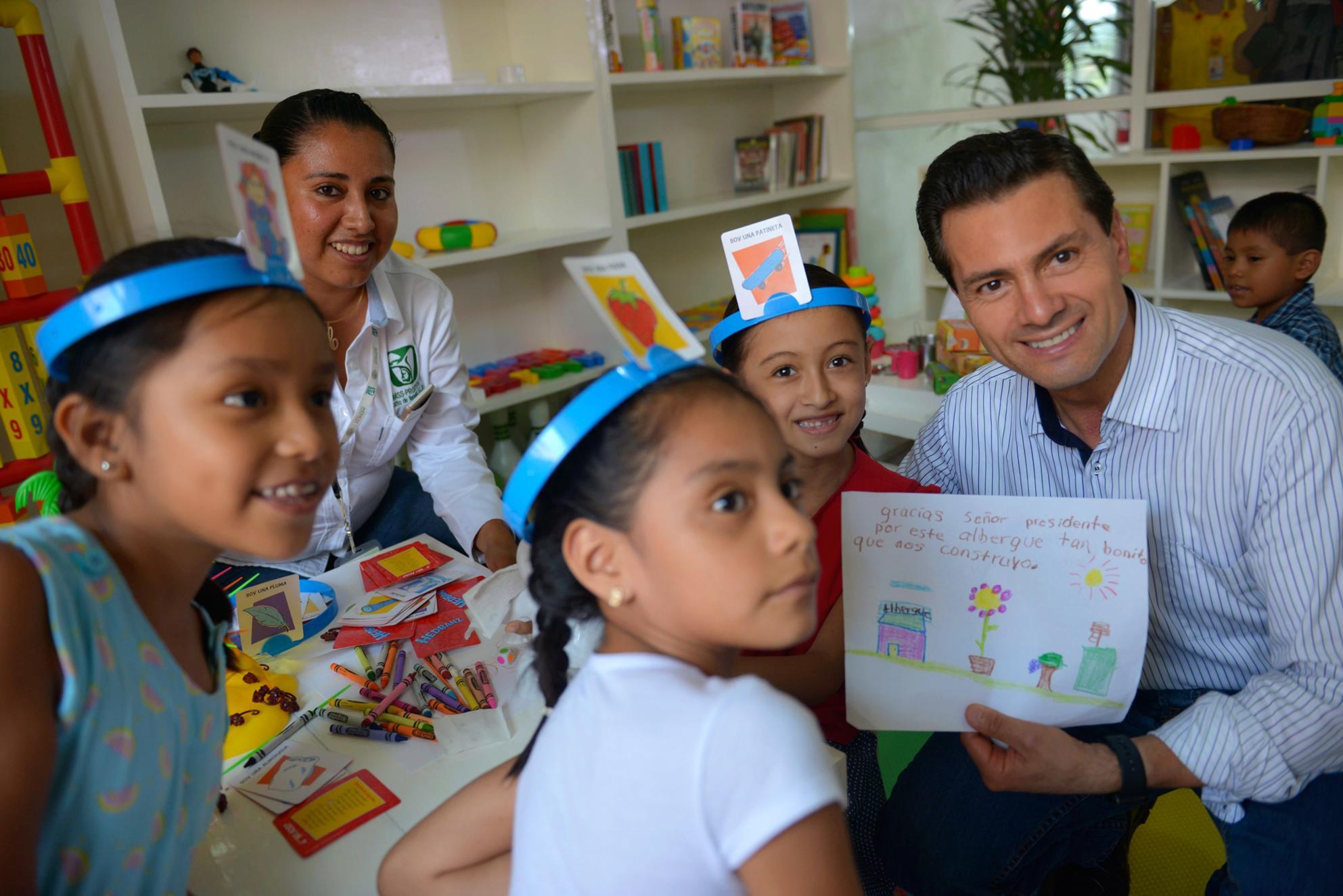 """El Albergue Comunitario """"Chata Terrazas"""", tiene una capacidad para 80 personas, familiares de los pacientes del Hospital Rural número 16 """"Santa Catarina""""."""