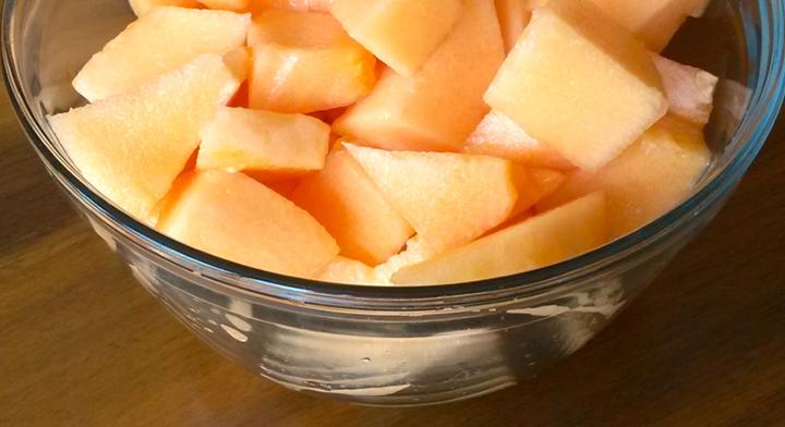 Tazón de melón en trozos