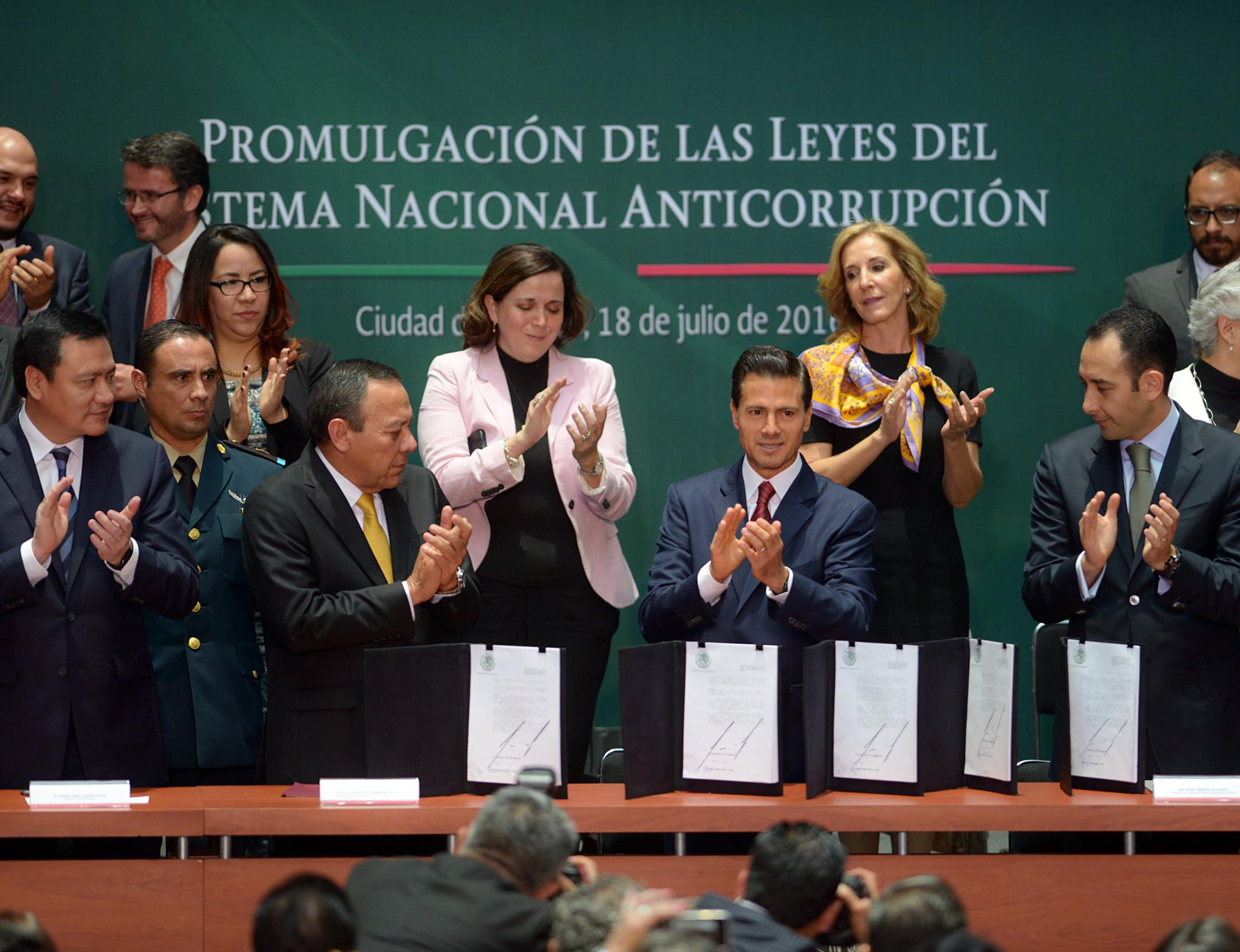 Promulgación de las Leyes del Sistema Nacional Anticorrupción.
