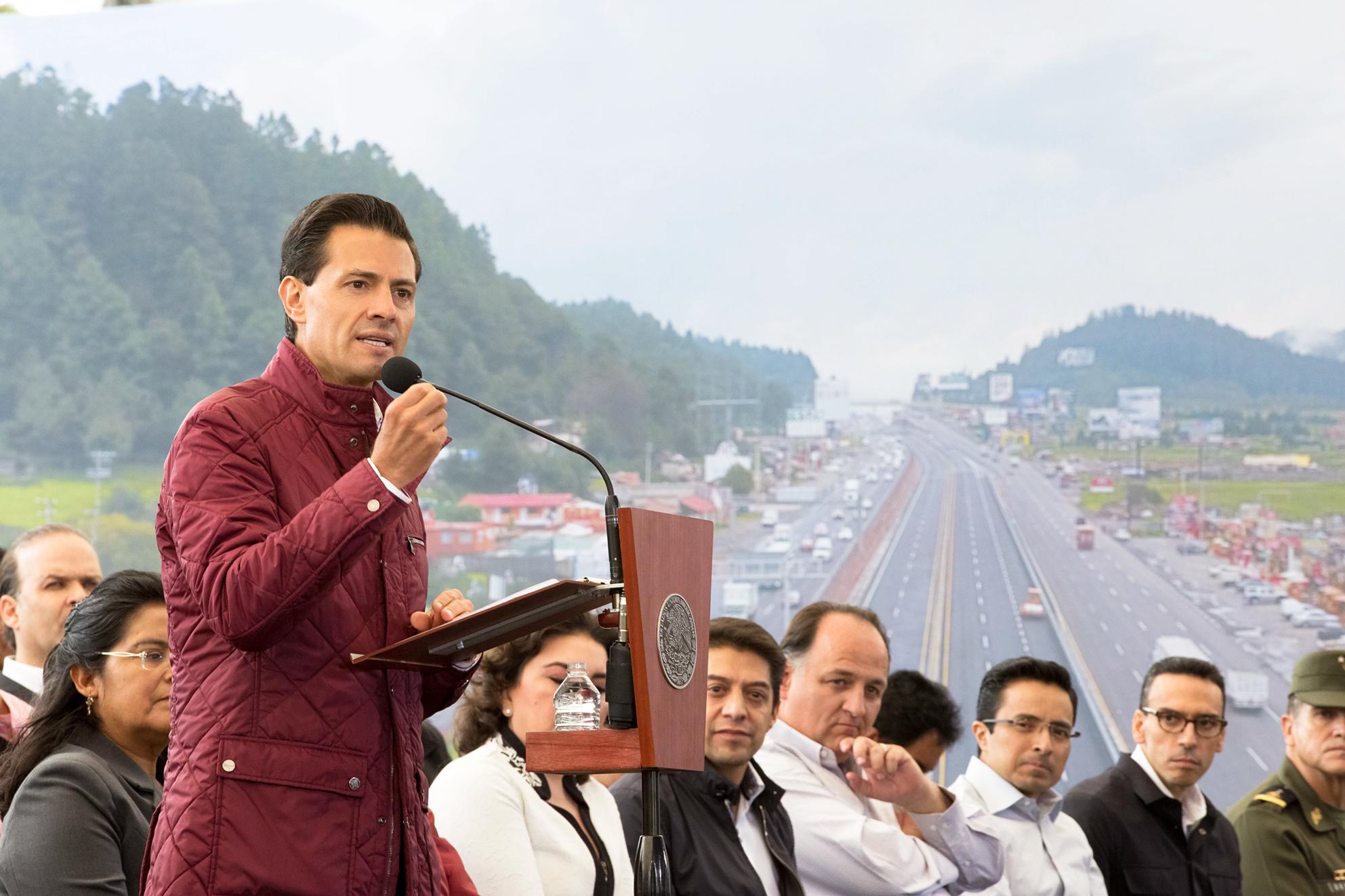 En 3 años de la actual Administración se han construido y modernizado más de 31 kilómetros de autopistas, carreteras, caminos rurales y alimentadores.