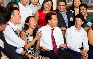 El Presidente Peña Nieto reunido con jóvenes DREAMers en Washington, DC.