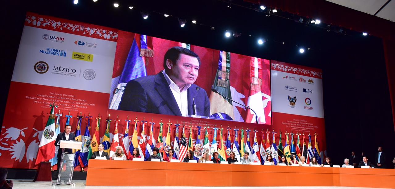 El Secretario Osorio Chong en inauguración de evento de Diálogo Regional por las mujeres