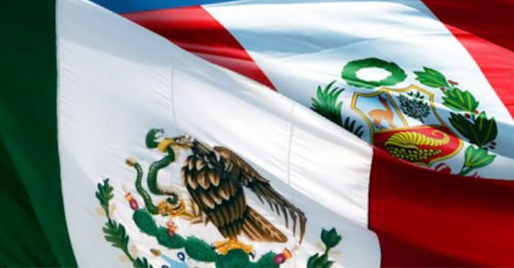 Banderas de México y Perú.