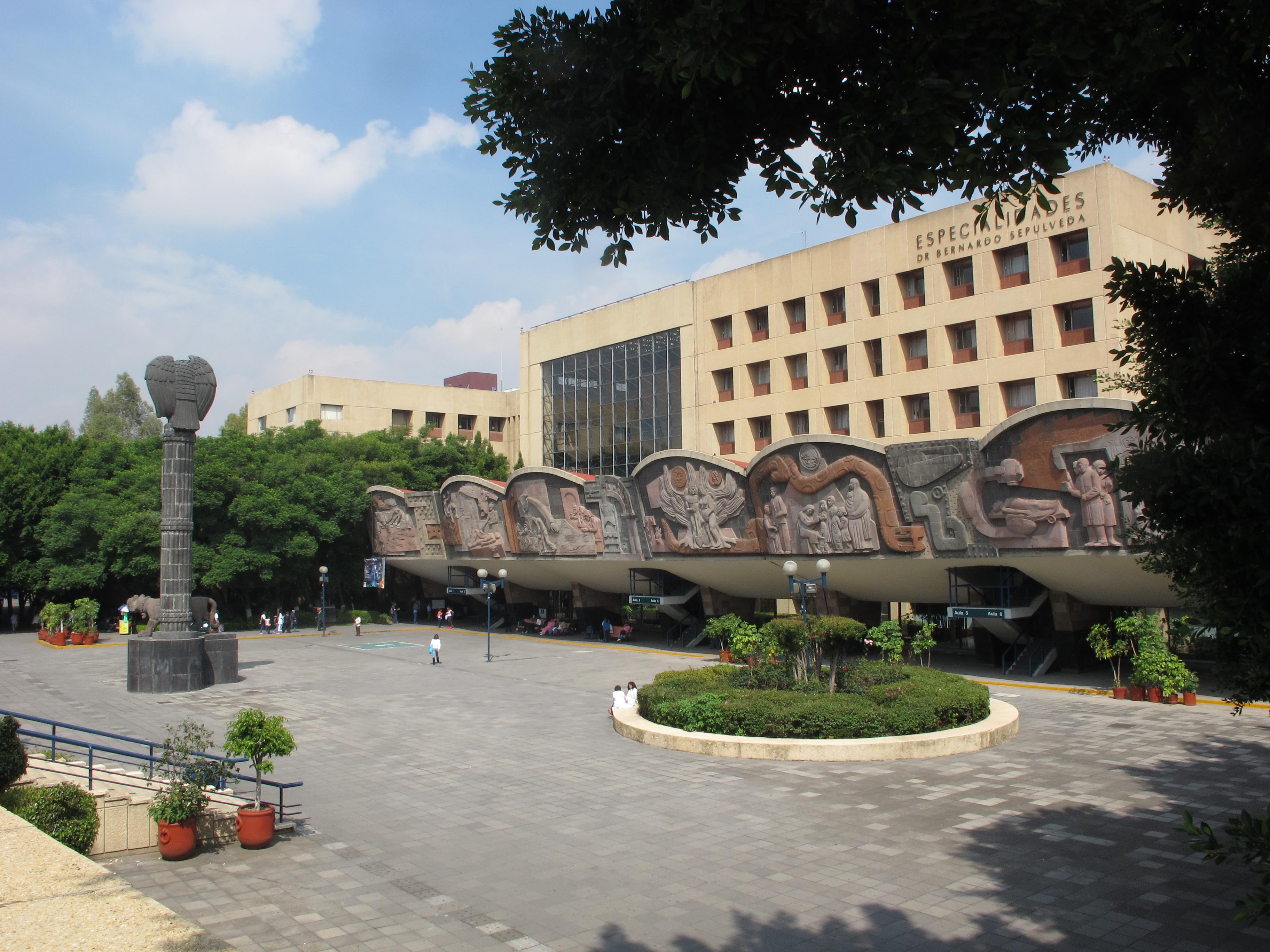 Centro Médico Nacional Siglo XXI.