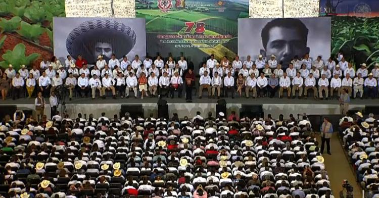 El Lic. Enrique Peña Nieto, Presidente de los Estados Unidos Mexicanos, inaugura el 78 Congreso Nacional Extraordinario de la CNC