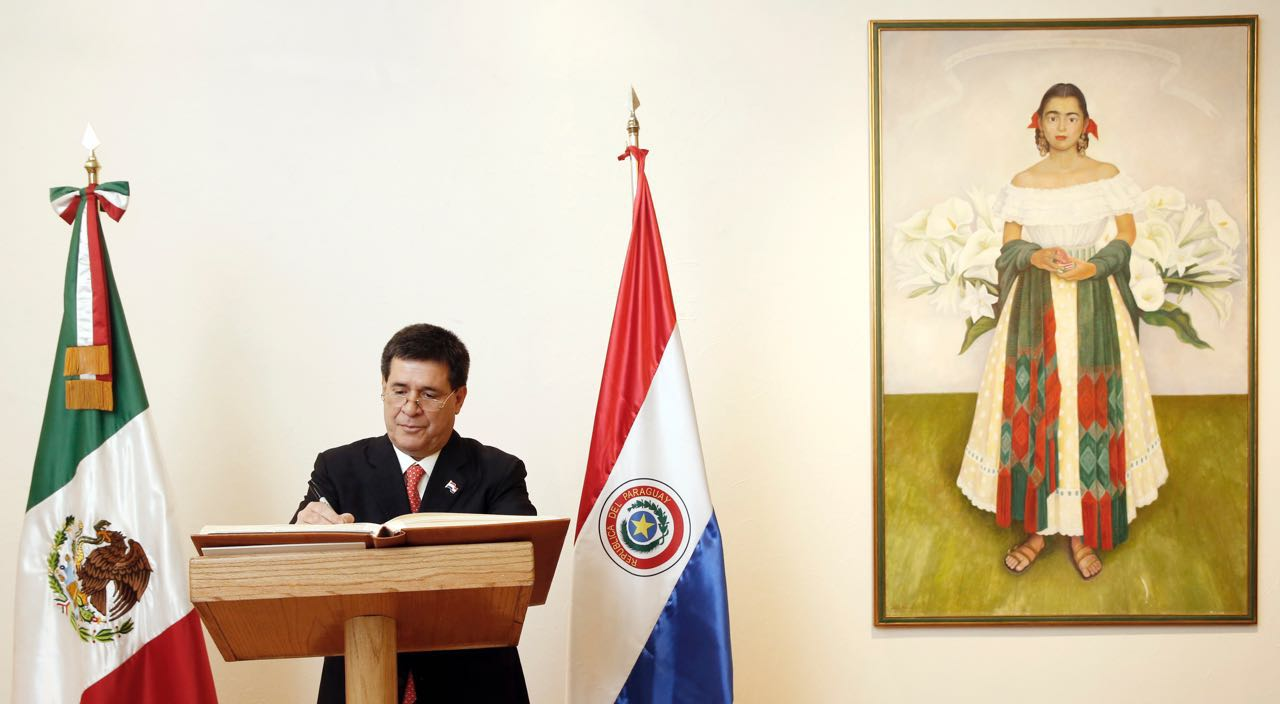 The President of Paraguay, Horacio Cartes, on an official visit to Mexico